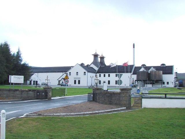 Dalwhinnie Distillery Tour